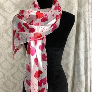 """Oversized """"hearts"""" Scarf"""